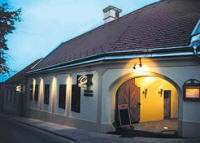 Haus Restaurant, Cafe, Pension Oliva in Veszprem / Ungarn
