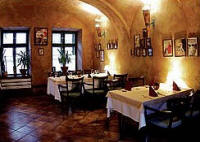 Lokal Restaurant, Cafe, Pension Oliva in Veszprem / Ungarn